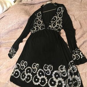 Black size 2X dress with long sleeves
